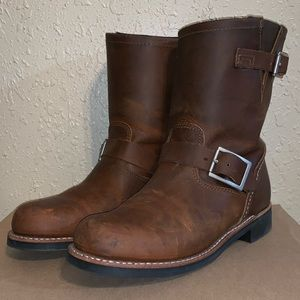 Red Wing Heritage Short Engineer Boot Women In Box